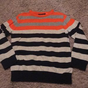 Boys size 4T sweater